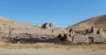 2016-10-08-filbo-iran-region-hashtrud-32-rd-32tadscn2564