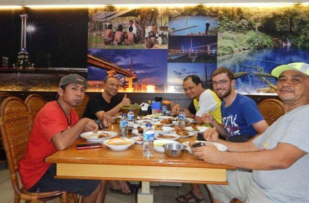 2017-05-12, Filbo Indonesien,COOLPIX AW1303193
