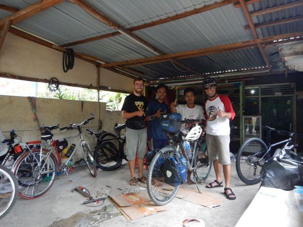 2017-05-12, Filbo Indonesien,COOLPIX AW1303192
