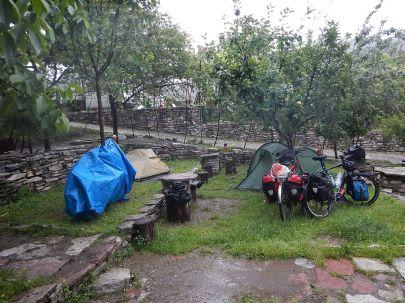 2016-06-13,Filbo,Albanien,Camp Bar Mezi,DSCN1233