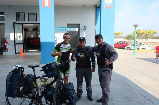2018-10-21, Filbo Ecuador, Reg. Huaquillas,161218_IMG_2663